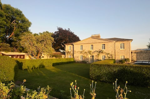 Self contained Annexe on Goodwood Estate