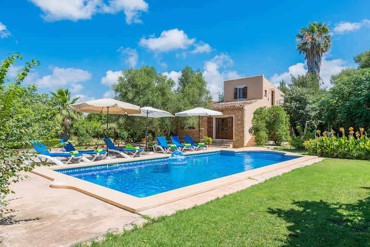 CASA ALBA - Villa with private pool in Manacor. Free WiFi
