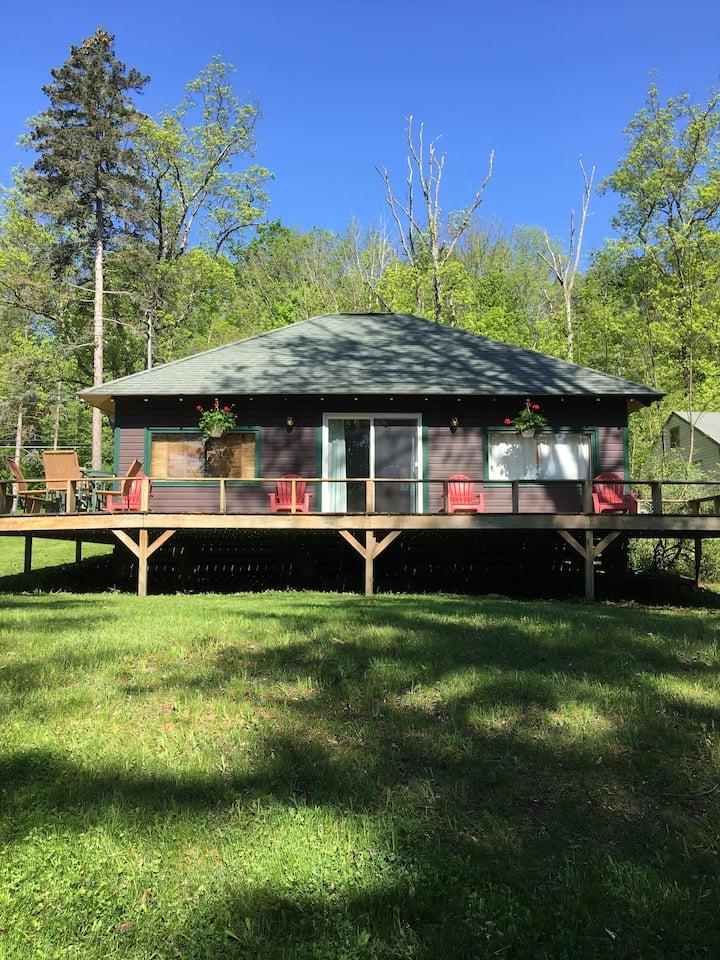 Camp Wa-Tah-Wah: Cozy Cooperstown Lake Cabin