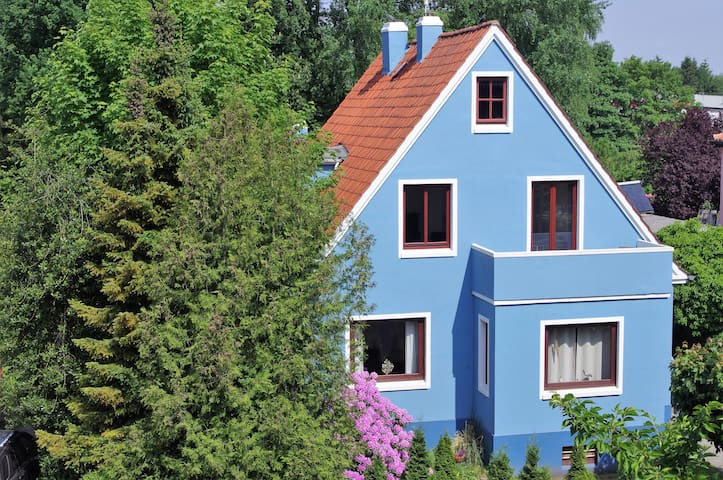 Alberts Huus Guesthouse and Hostel