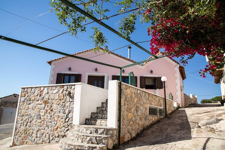 AmazingTraditional House180sqm.Near Lavrio-Sounio. - Lavrio - House
