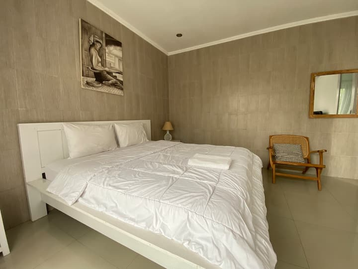 Brand New Room near fins beach club & canggu beach
