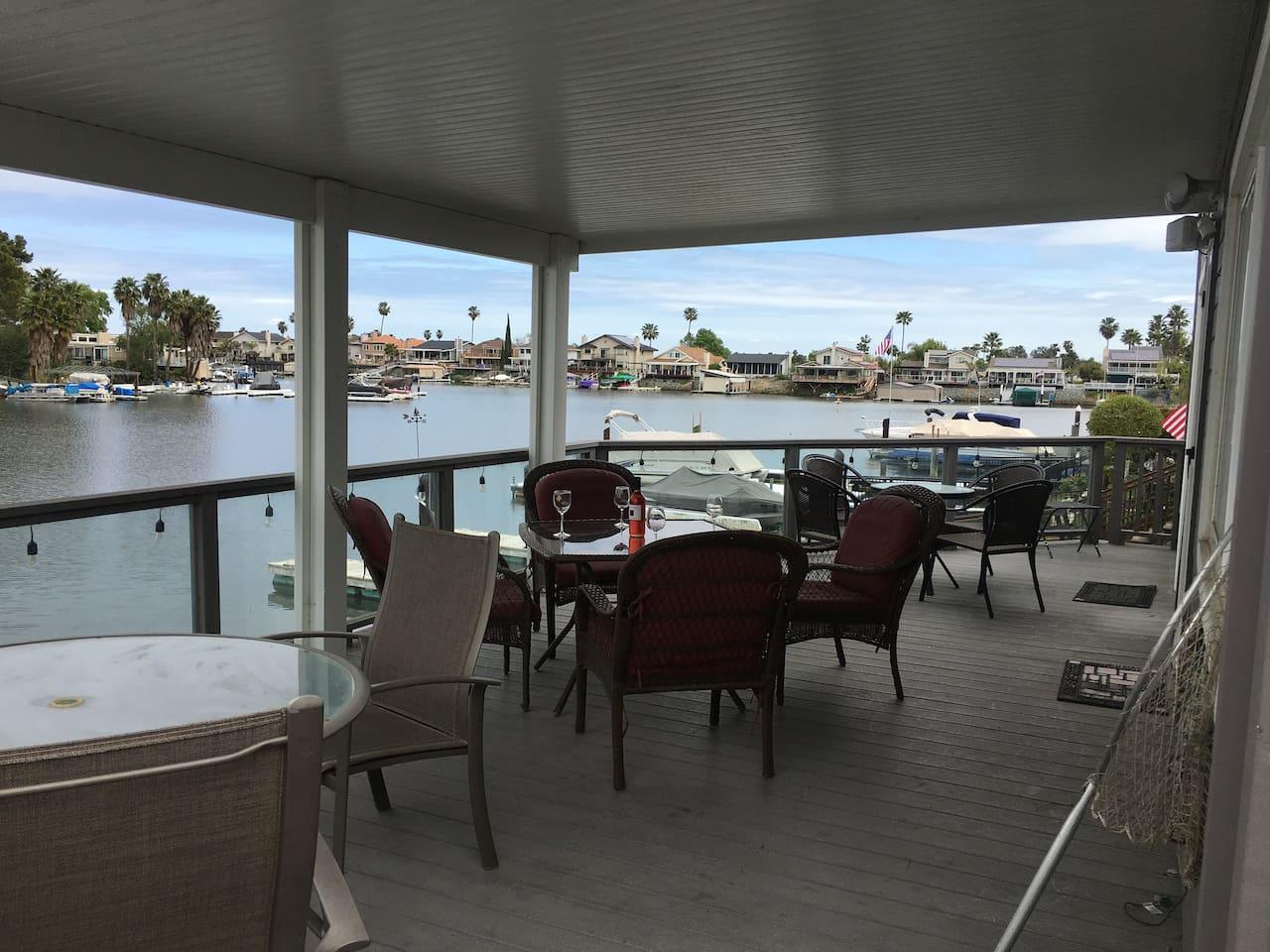 Spacious, beautiful home on deep water Marina Bay.