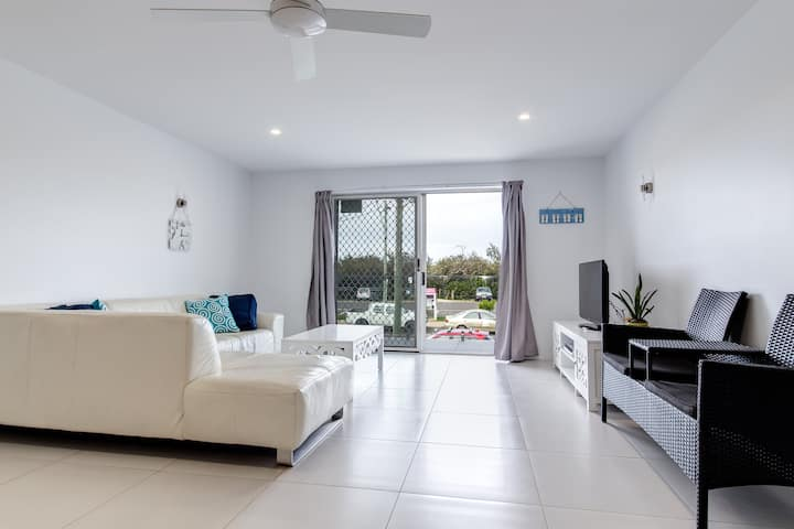 Opposite the beach - Cotton Tree - Maroochydore