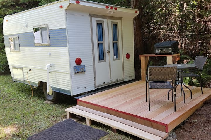Glamping Trailer in the Redwoods
