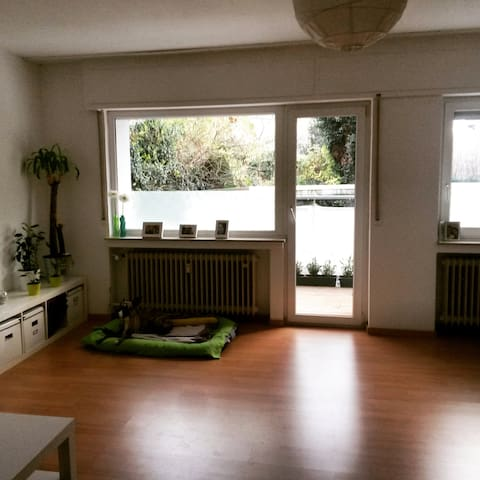 Helles 45 m2 Apartment mit Balkon - Cologne - Apartmen