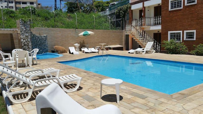 Chalé da Fonte  Pousada com piscina - Serra Negra