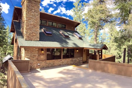 Modern Chalet - Walk to Ski Mtn! - Big Bear Lake
