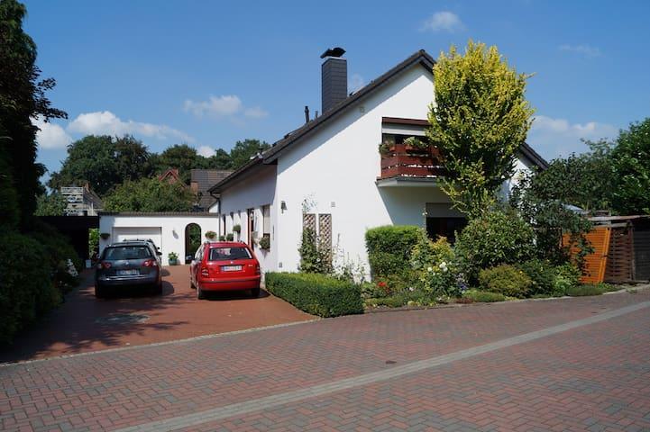 """Große Ferienwohnung """"LogerHof"""" in OHZ - Osterholz-Scharmbeck - Apartment"""