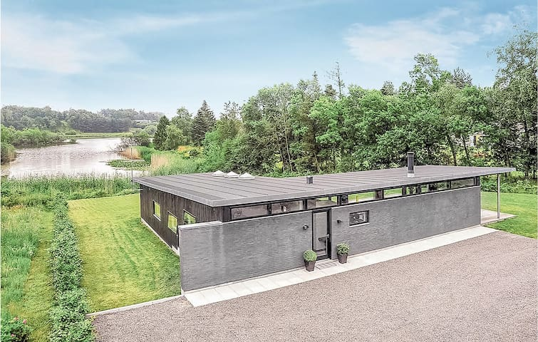 Holiday cottage with 3 bedrooms on 120m² in Ebeltoft