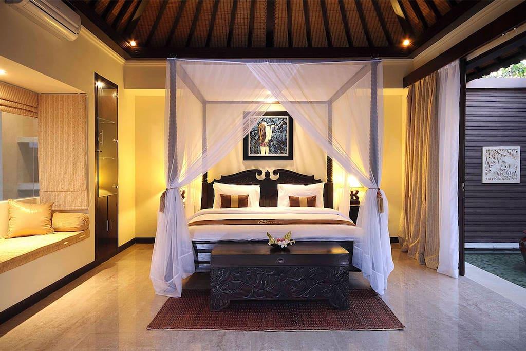 The bli bli 1 bedroom seminyak villas for rent in kuta for Seminyak villas 1 bedroom