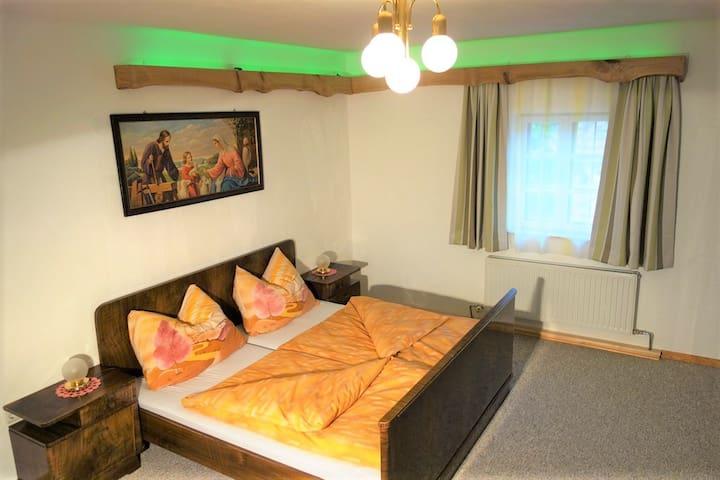 Schlafzimmer im alten Stil