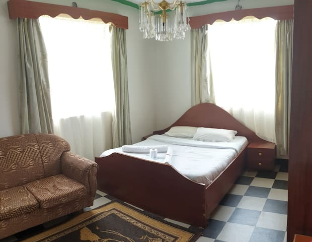Meyer Guesthouse Nyeri 01