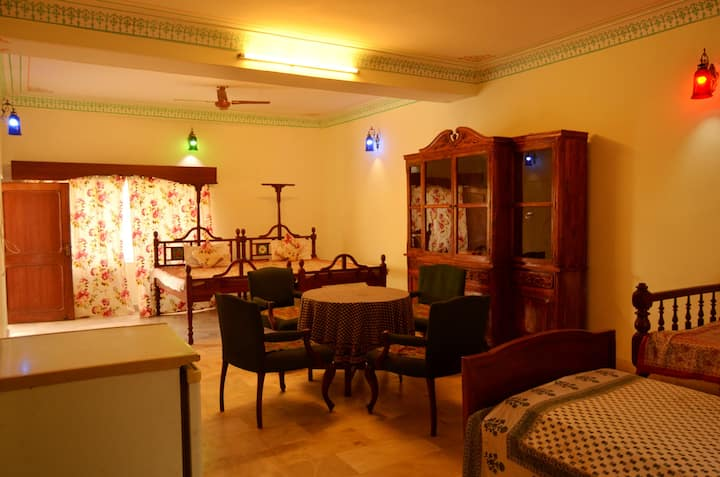 Family Room in Jaipur for 5 people