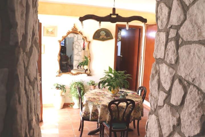 La casa della fonte da Franca Nesce (RI)