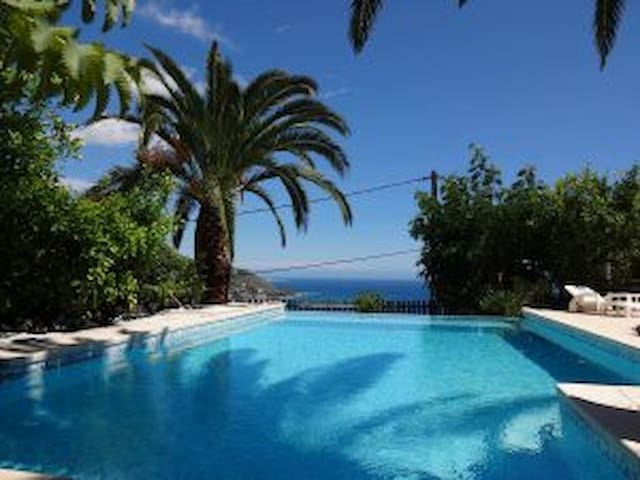 Villa Baïna - 3* 4 people, 125m², pool, 360° view