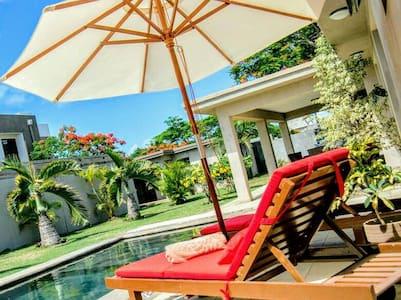 VILLA DE STANDING A GRAND BAIE - Grand Baie - Villa