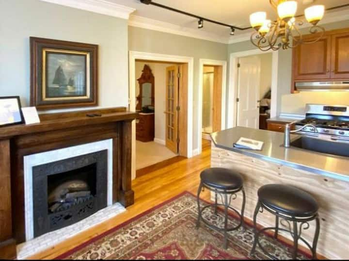 2 bedroom In-Law Suite with Private Entrance