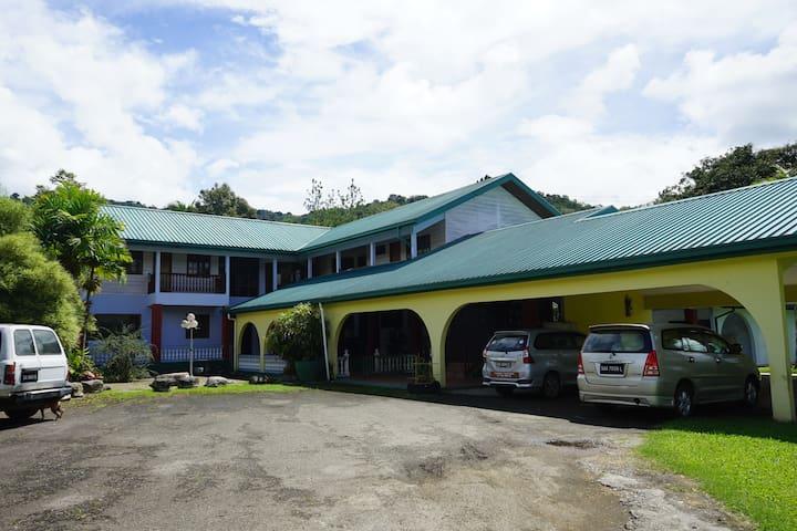 Magdalena's Homestay Kg Kituntul Tambunan Room 4