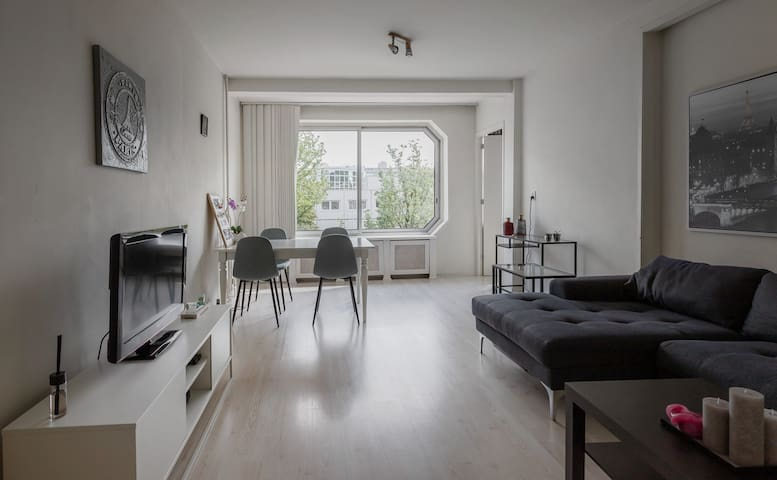 Modern,spacious Apartment near Amsterdam citycente