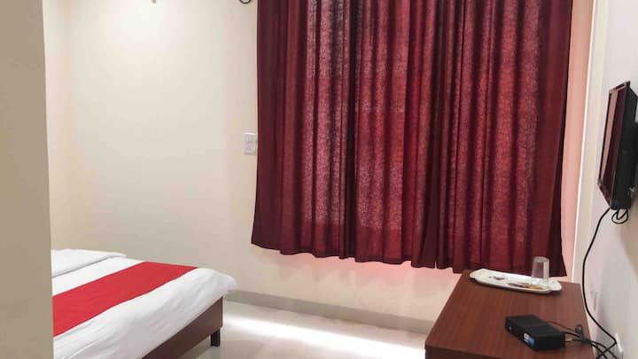Room for individual or couple stay in Baner