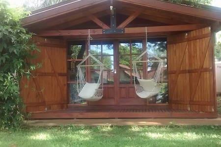 "Cabaña Loft con piscina ""Despertar del Uruatú"""