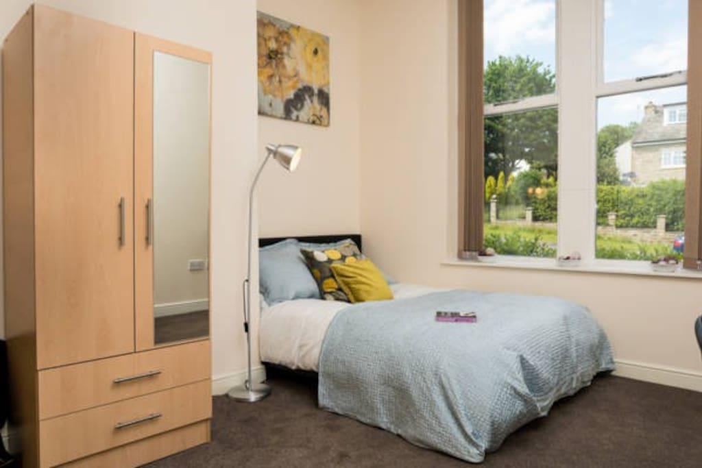 En suite room Bradford