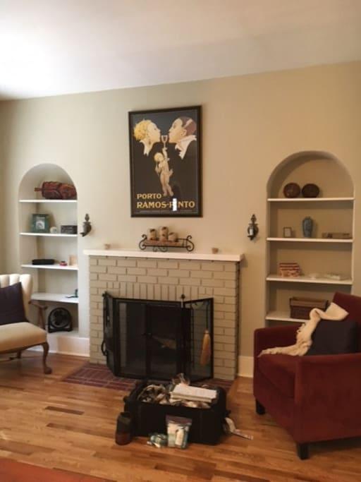 Wood burning fireplace in livingroom