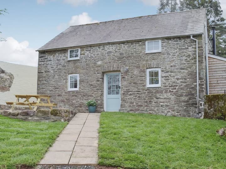 The Granary, Princes Gate - A Countryside Retreat