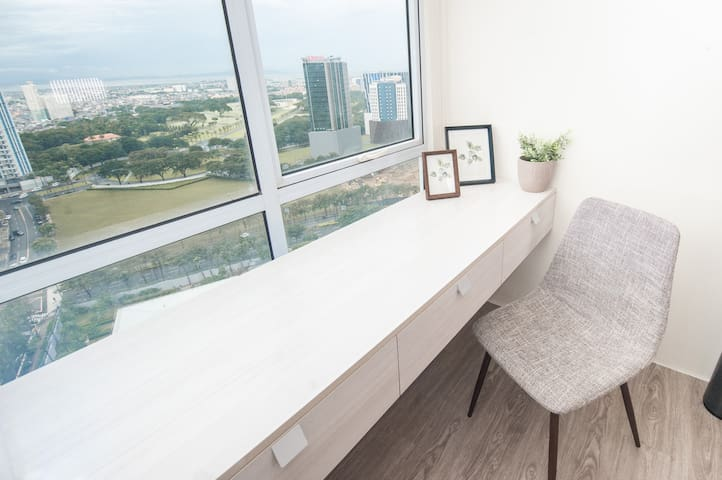 View from Modern Loft in ❤️ of BGC Fort