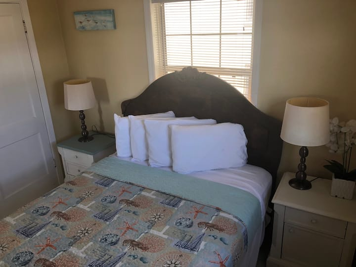 Misty Isles Redington Beachfront Suite 3