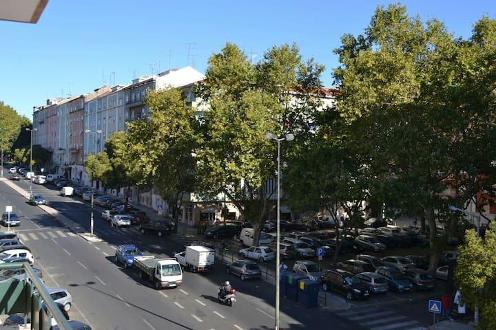 Newly Renovated Lovely Lisbon Flat - Lissabon - Appartement