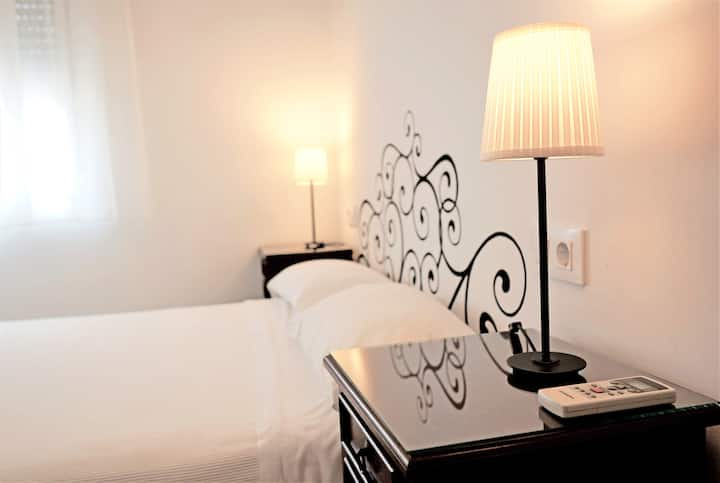 Doble Eco by Hostal Trafalgar