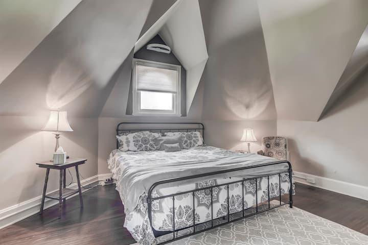 Maple Suite @ Three Pines Petersburg