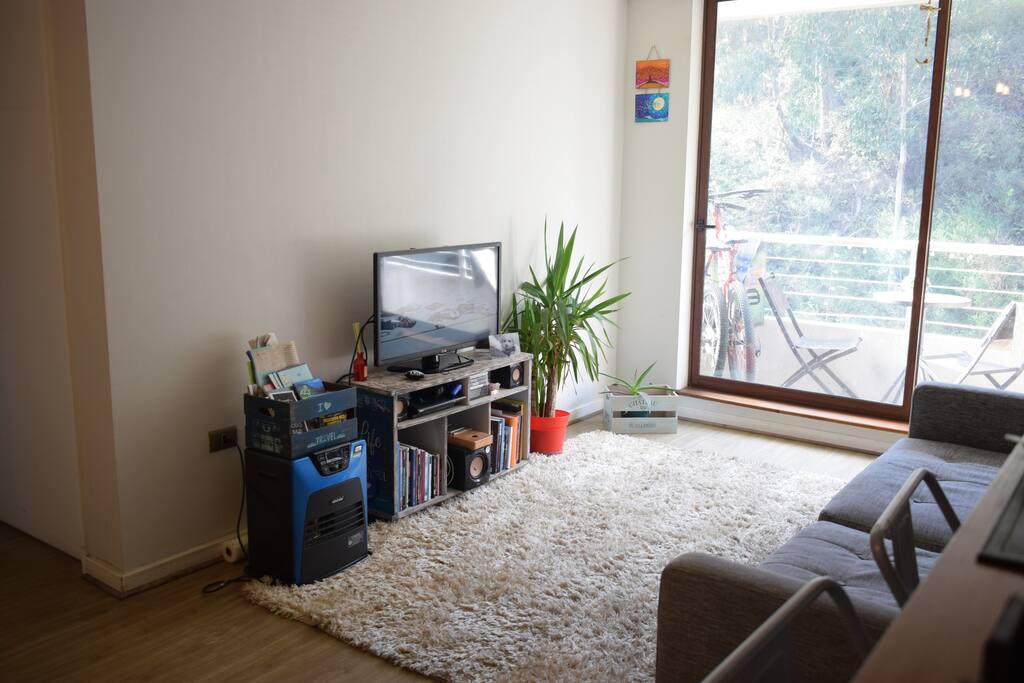 Televisión con cable, casa calefaccionada
