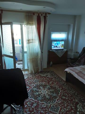 Închiriez garsoniera în Iași în regim hotelier