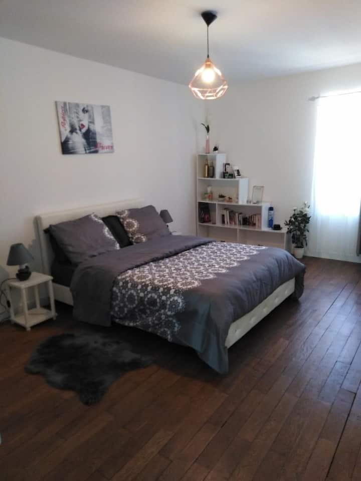 Chambre cosie et chaleureuse