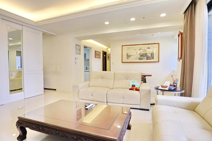 台北市頂級豪宅和室客房 101 2KM MRT500公尺 離塵不離城 交通便利購物方便