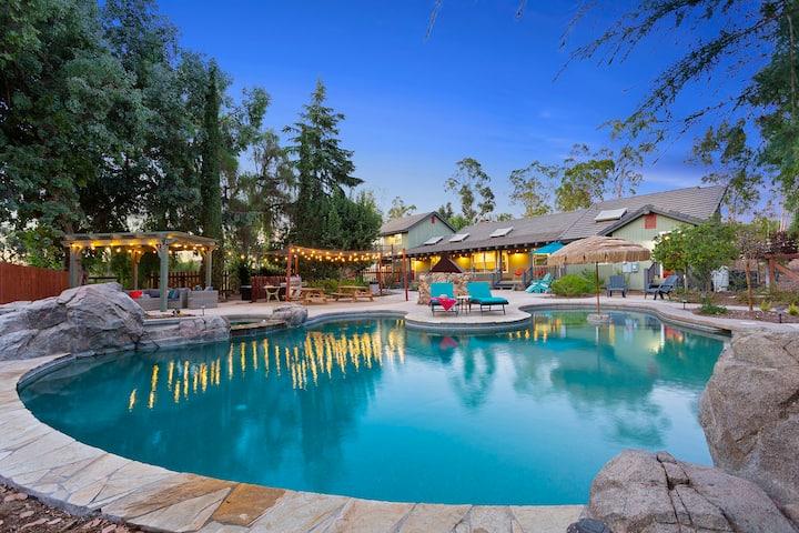 Rising Son Ranch Retreat-3 Homes,5 acres, Pool/Spa