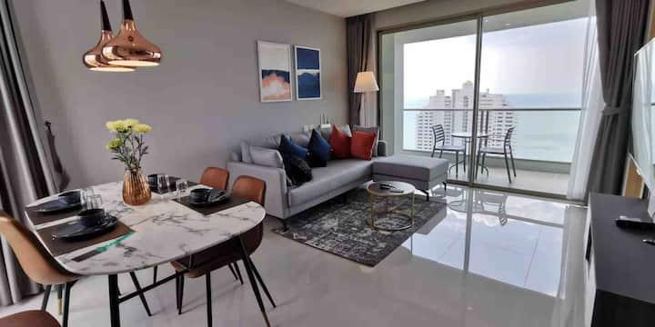 全新Riviera五星级公寓超级海景大面积49平一居室套房