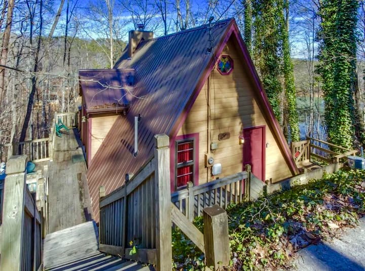 Low daily rate Honey cabin 4 guests Pigeon Forge