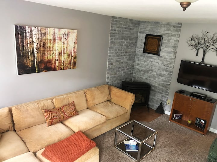 In Ellicottville, walk to town with central air