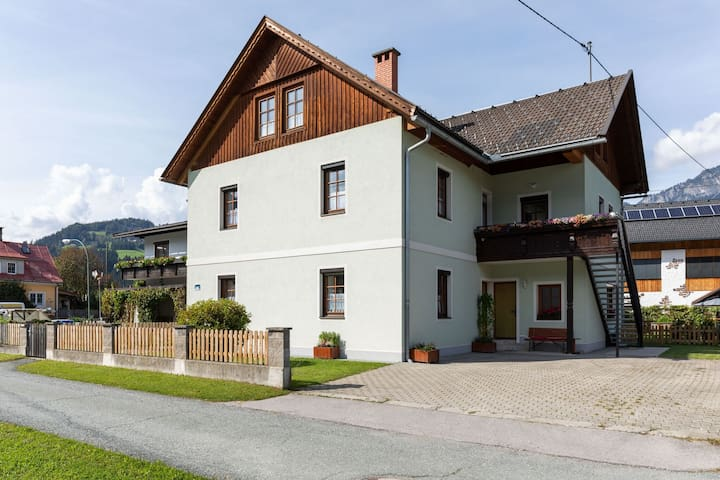 Comfortable Apartment in Kötschach-Mauthen with Sauna