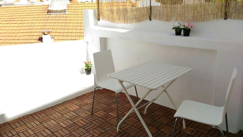 Terrace in historical neighborhood I - Lisboa - Apartamento