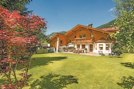 Holiday apartment with 2 bedrooms on 58m² in Dorfgastein