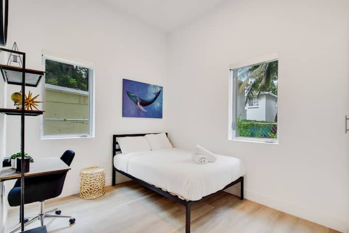 Aerie Suites | POSH living in the heart of Miami