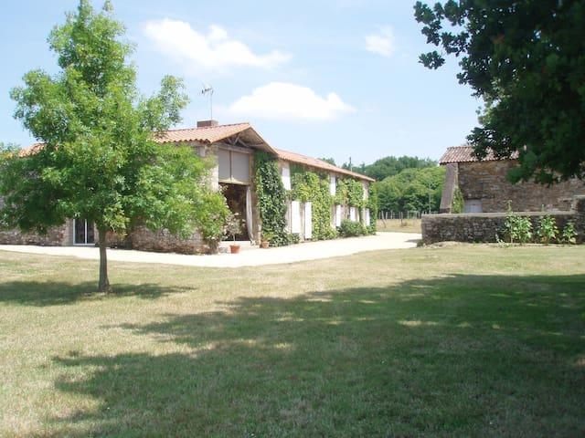 Logement entier à la Jaudonnière - La Jaudonnière - Rumah tumpangan alam semula jadi