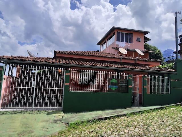 Hostel Pôr do Sol em Catas Altas - Minas Gerais