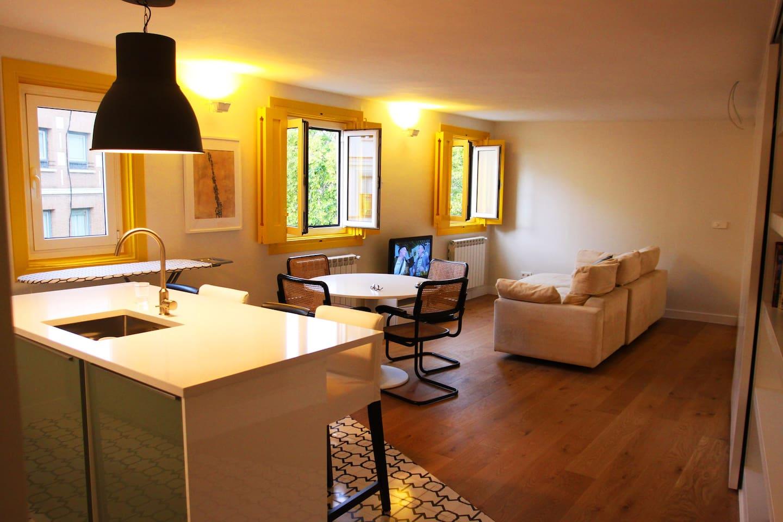 Living room/ Kitchen 1