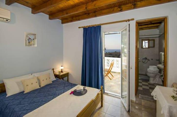 Kanelis Studios - Double room no2 with seaview